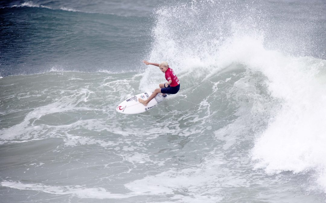 Under 14's Charge Massive Alexandra Headland on Finals Day of the Woolworths Surfer Groms