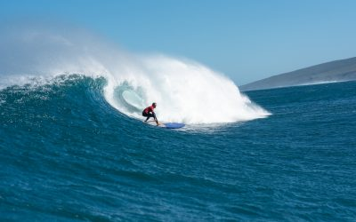 YALLINGUP PUMPS FOR THE OPENING EVENT OF THE VOLTE WA LONGBOARD & LOGGER TITLES