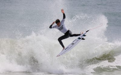 PUMPING SURF AT SCARBOROUGH BEACH FOR THE GROUNDSWELL SURF FESTIVAL COMPETITION