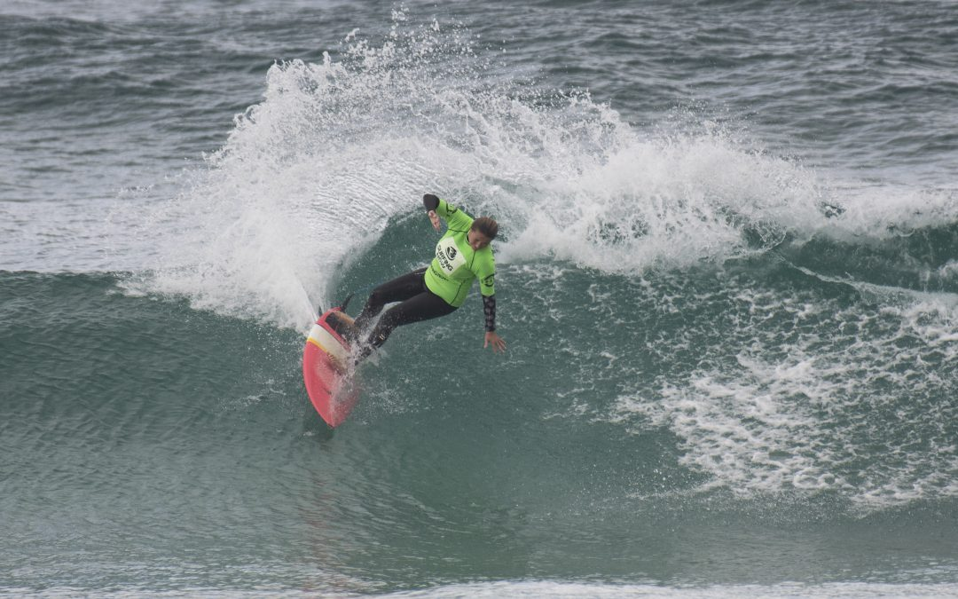 VOLKSWAGEN NSW SURFMASTERS TITLES GETS SET FOR AN ACTION-PACKED FOUR DAYS.